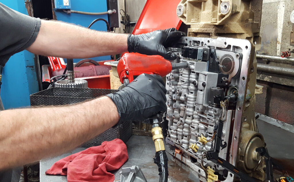 Fenton_Holly_Transmission_Repair_work_bench